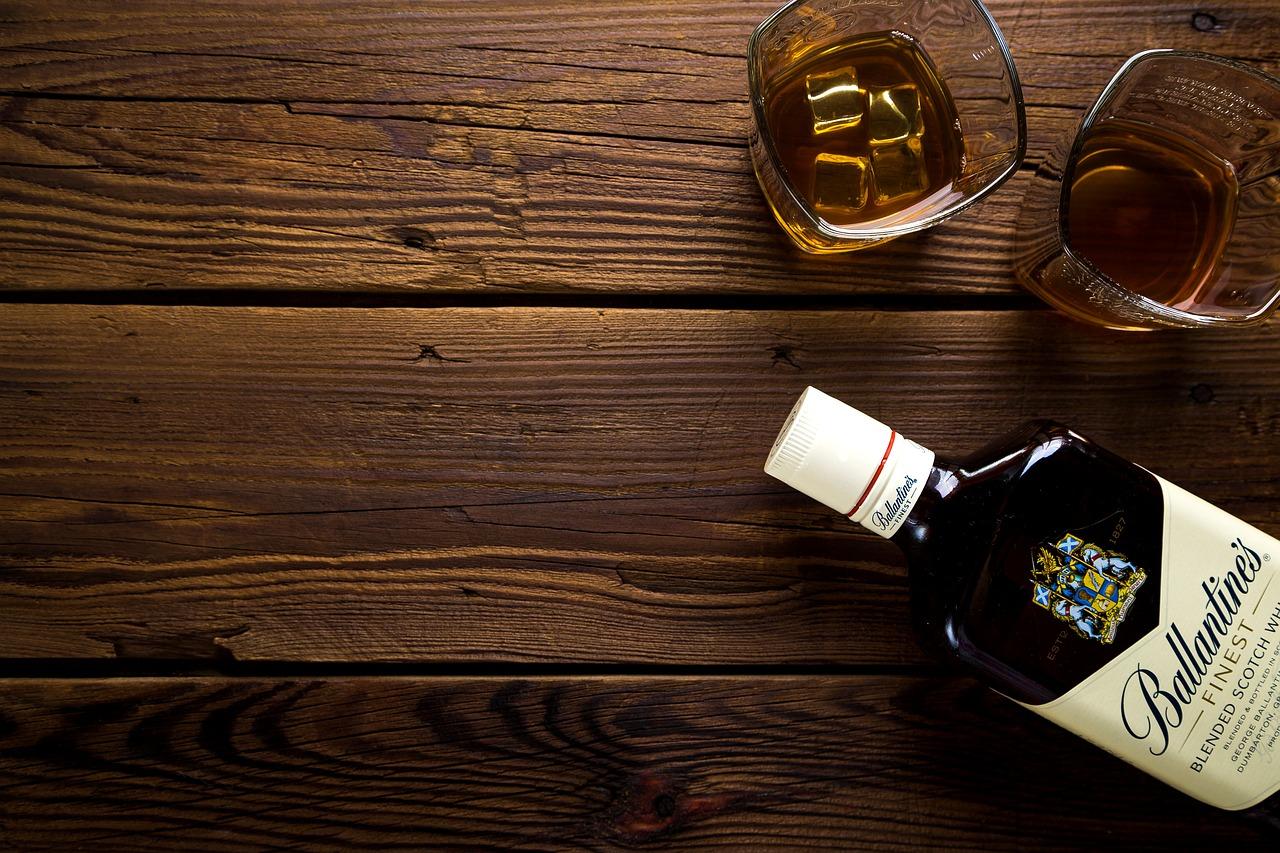 La caravelle est un bar restaurant à marseille parfait pour vos apéros